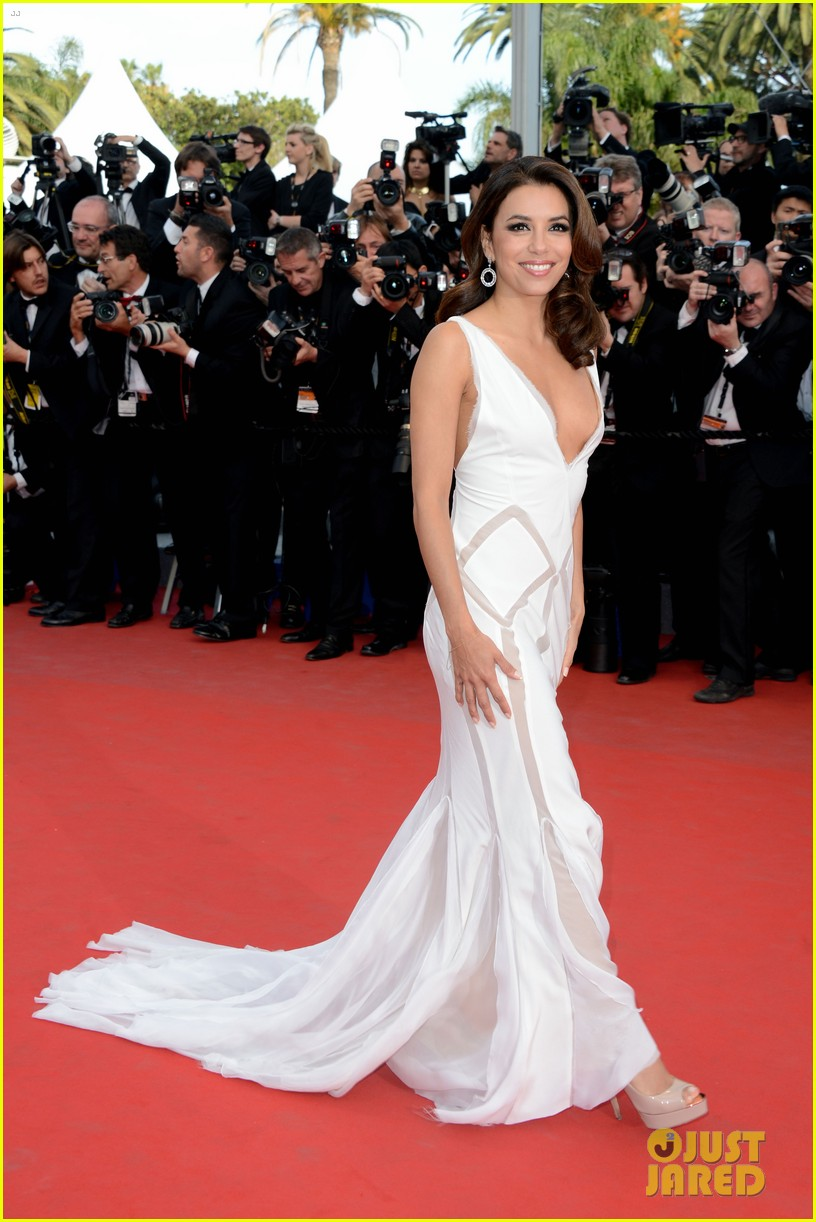 freida pinto jane fonda rouille premiere cannes 11