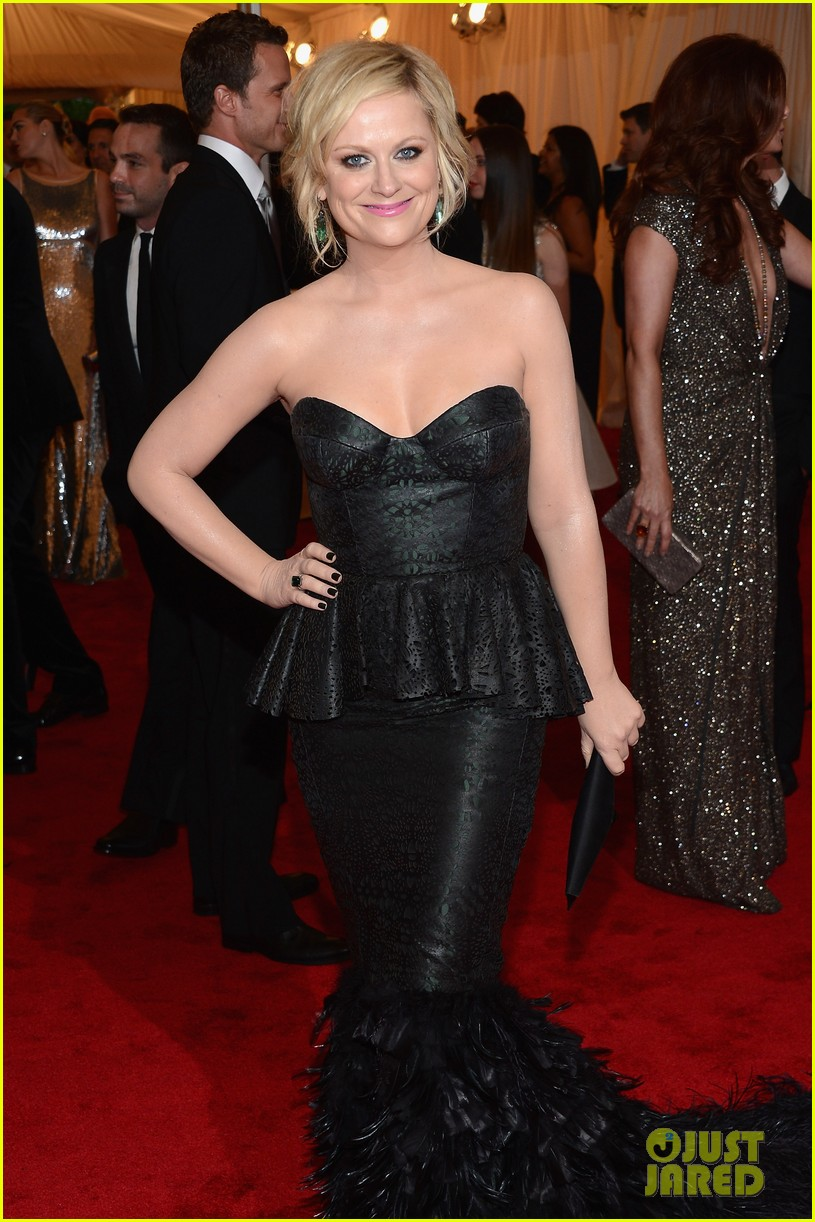 amy poehler met ball 2012 07