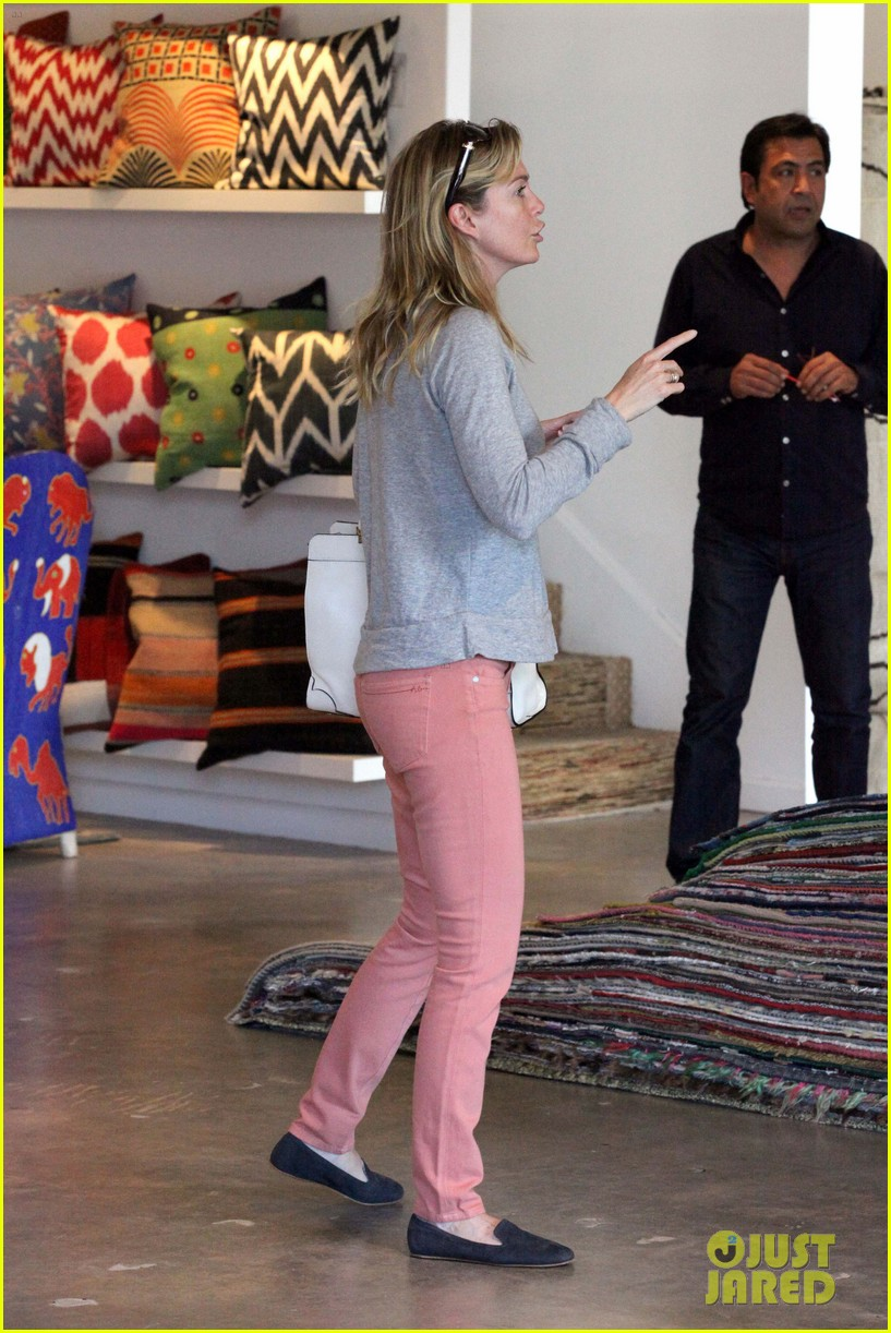 ellen pompeo chris ivery rug shopping 052666894
