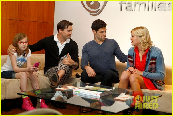 andrew rannells justin bartha baby bumps for new normal 01