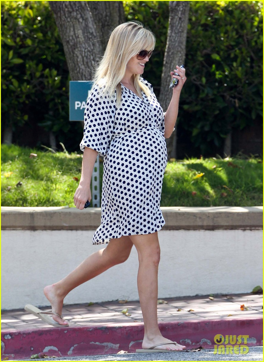 reese witherspoon brentwood school 04