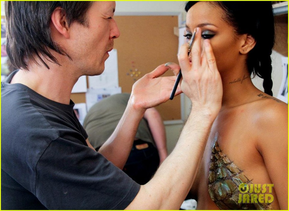 rihanna where have you been behind the scenes 012