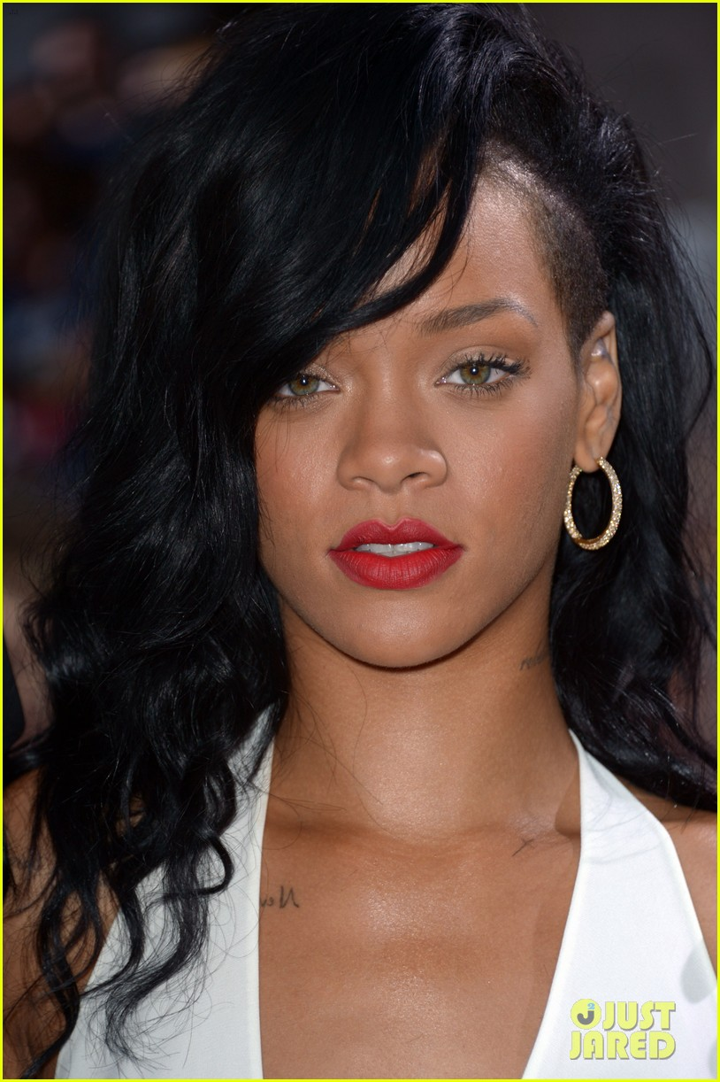 rihanna battleship premiere 09