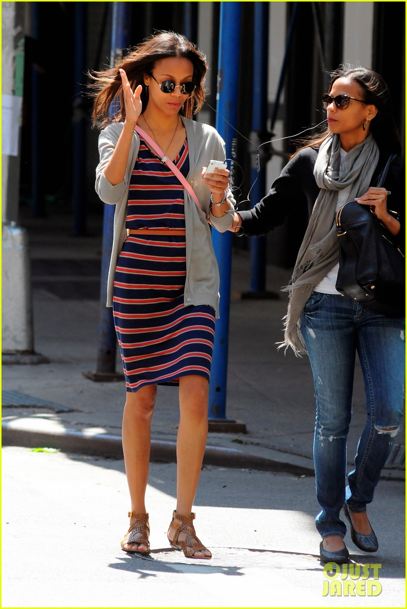 zoe saldana stripes 07