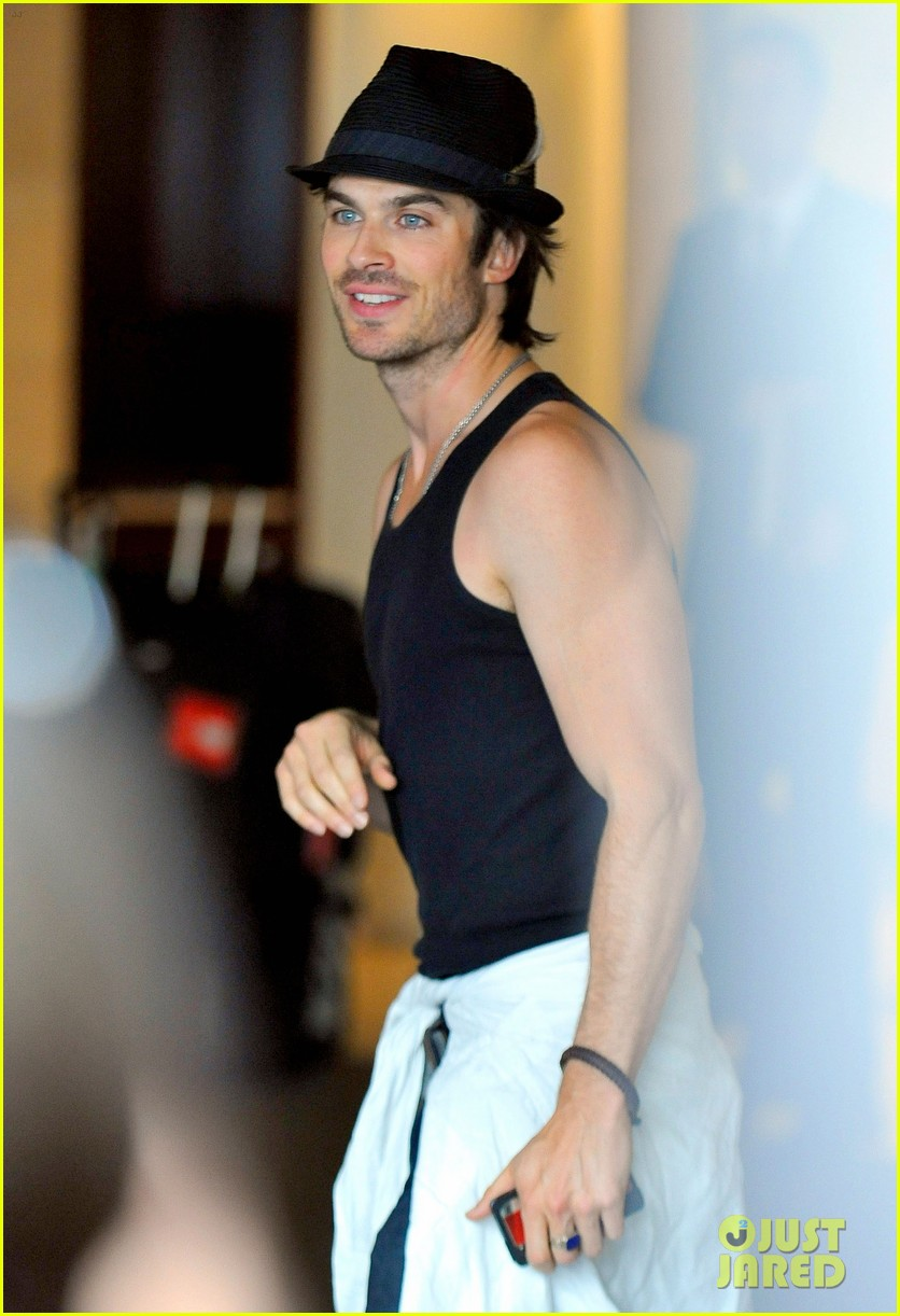 ian somerhalder leaves paris hotel 05