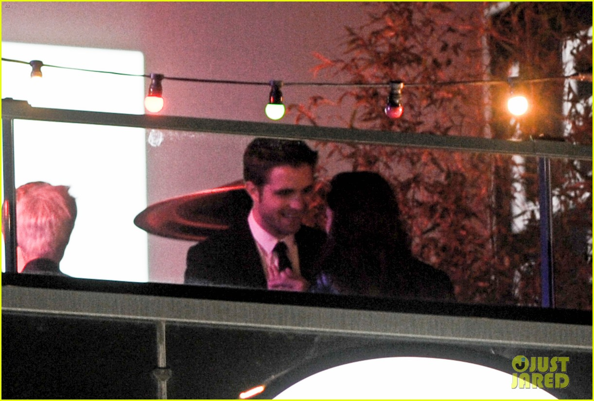 stewart rob kiss 20