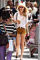 taylor swift brentwood country mart 06