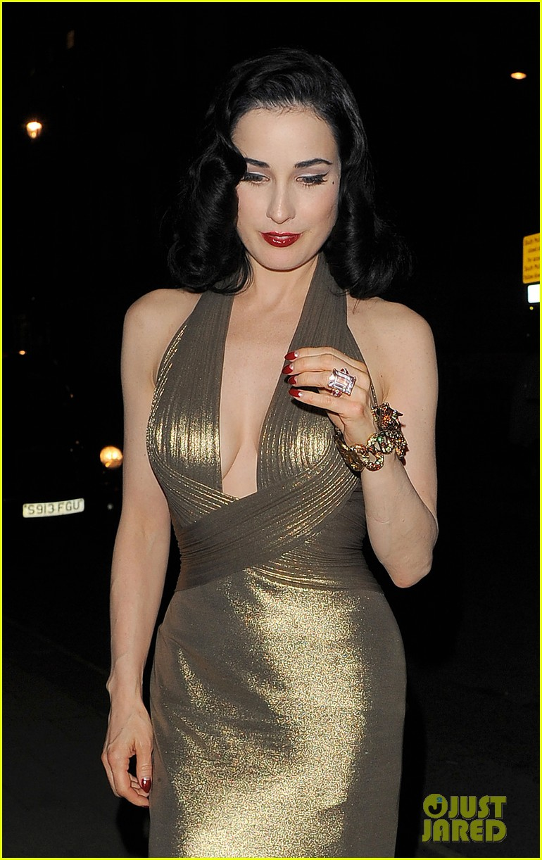 dita von teese the arts club with theo hutchcraft 11