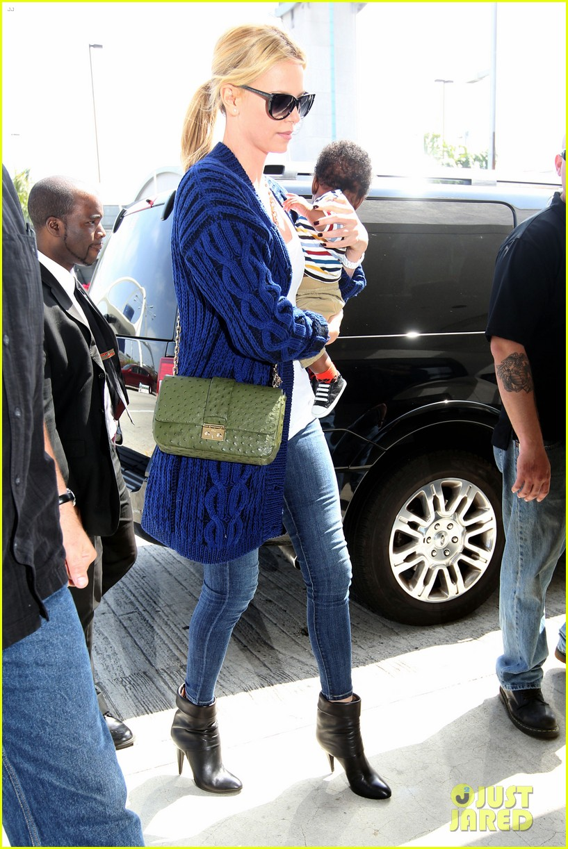 charlize theron baby jackson first pics 05