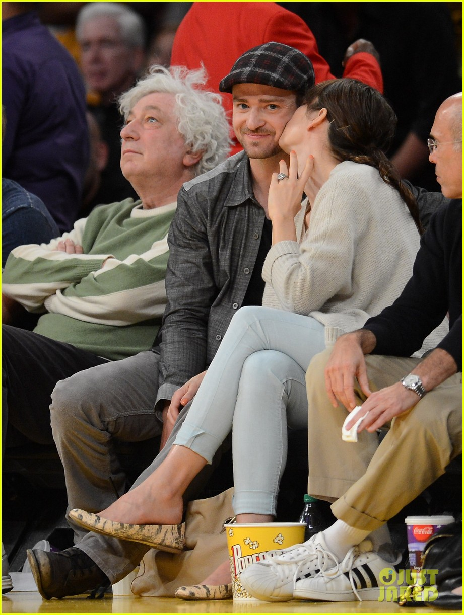 justin timberlake jessica biel lakers game 12