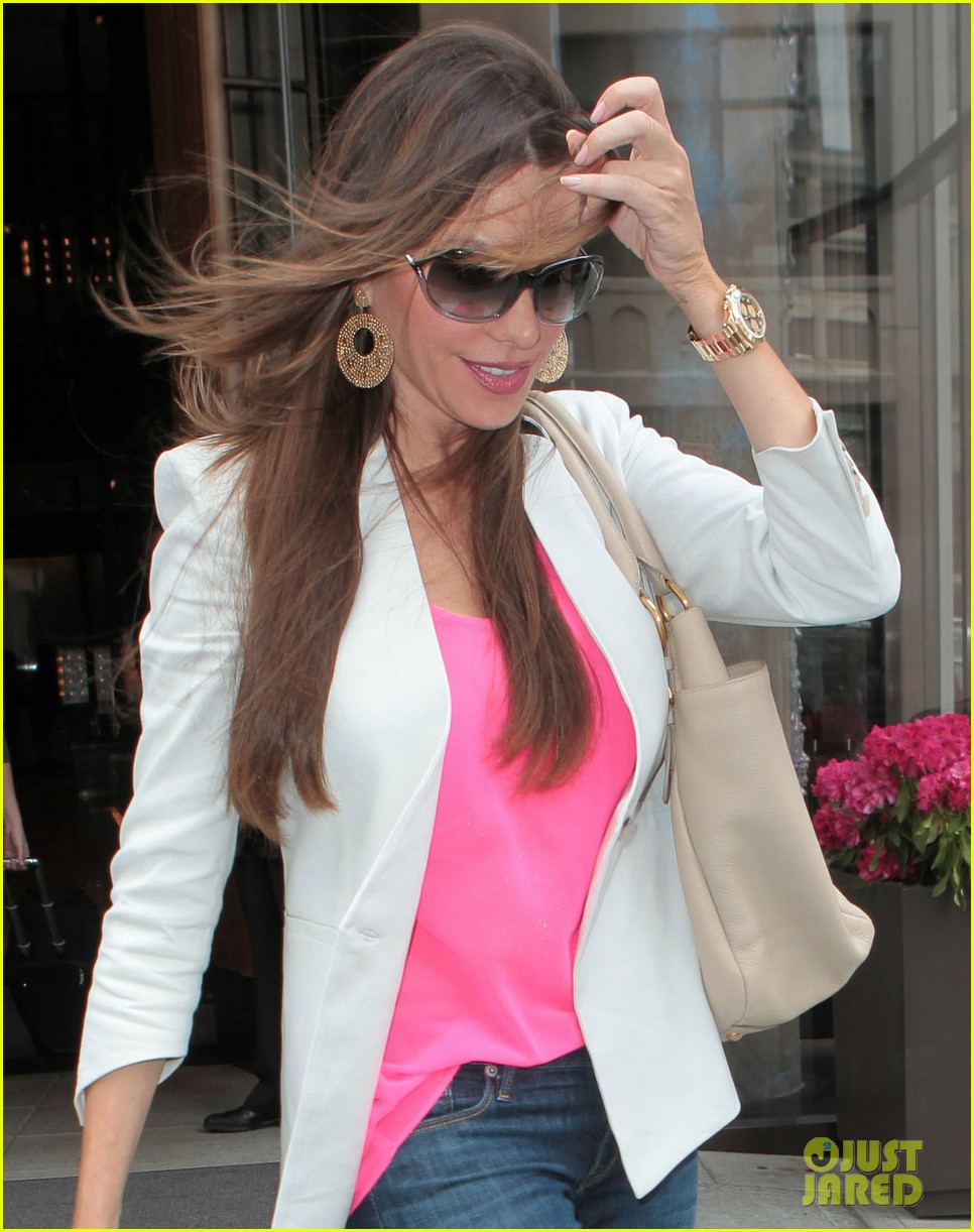 sofia vergara out in nyc 10