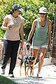 kate walsh walking dog 02
