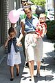jessica alba saturday family outing 04