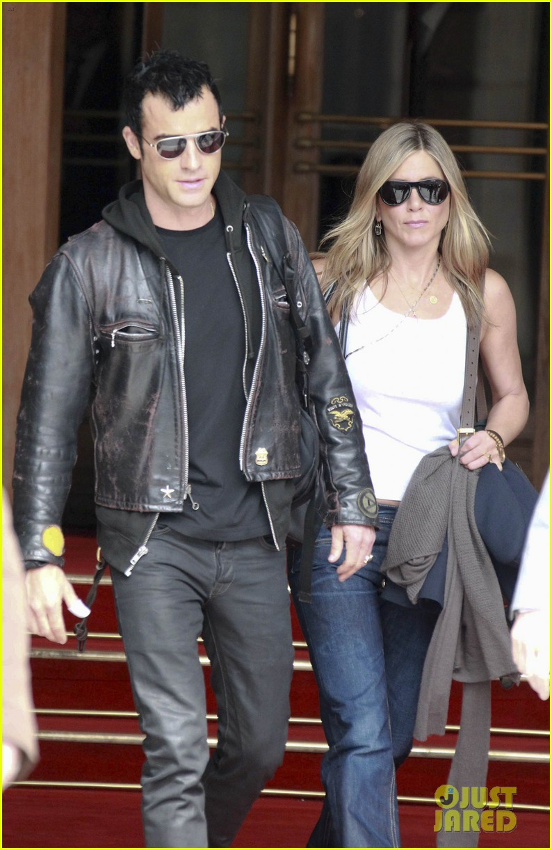 jennifer aniston justin theroux ritz carlton couple 082674915