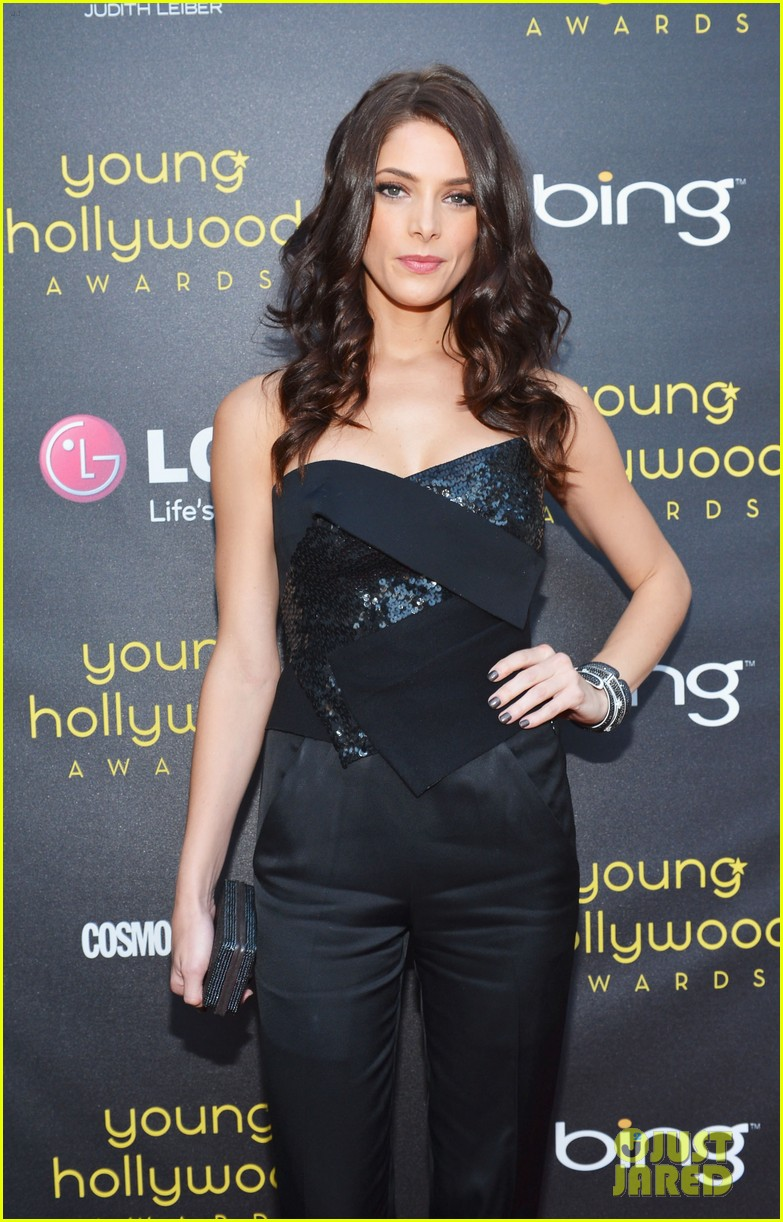 ashley greene young hollywood awards hailee steinfeld 11
