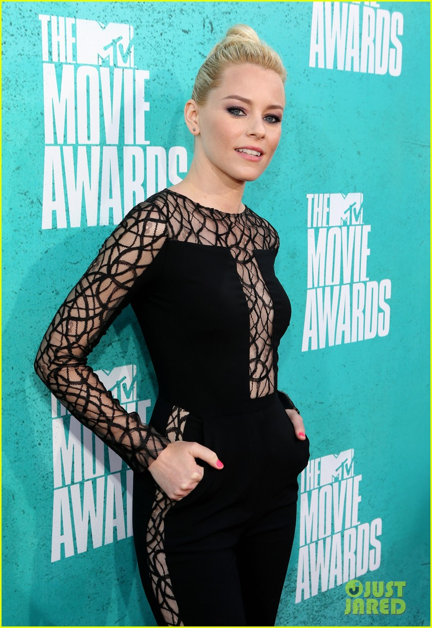 elizabeth banks mtv movie awards 2012 01