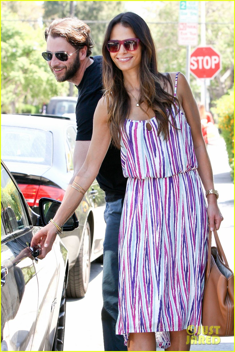 jordana brewster lunch with andrew 112679086