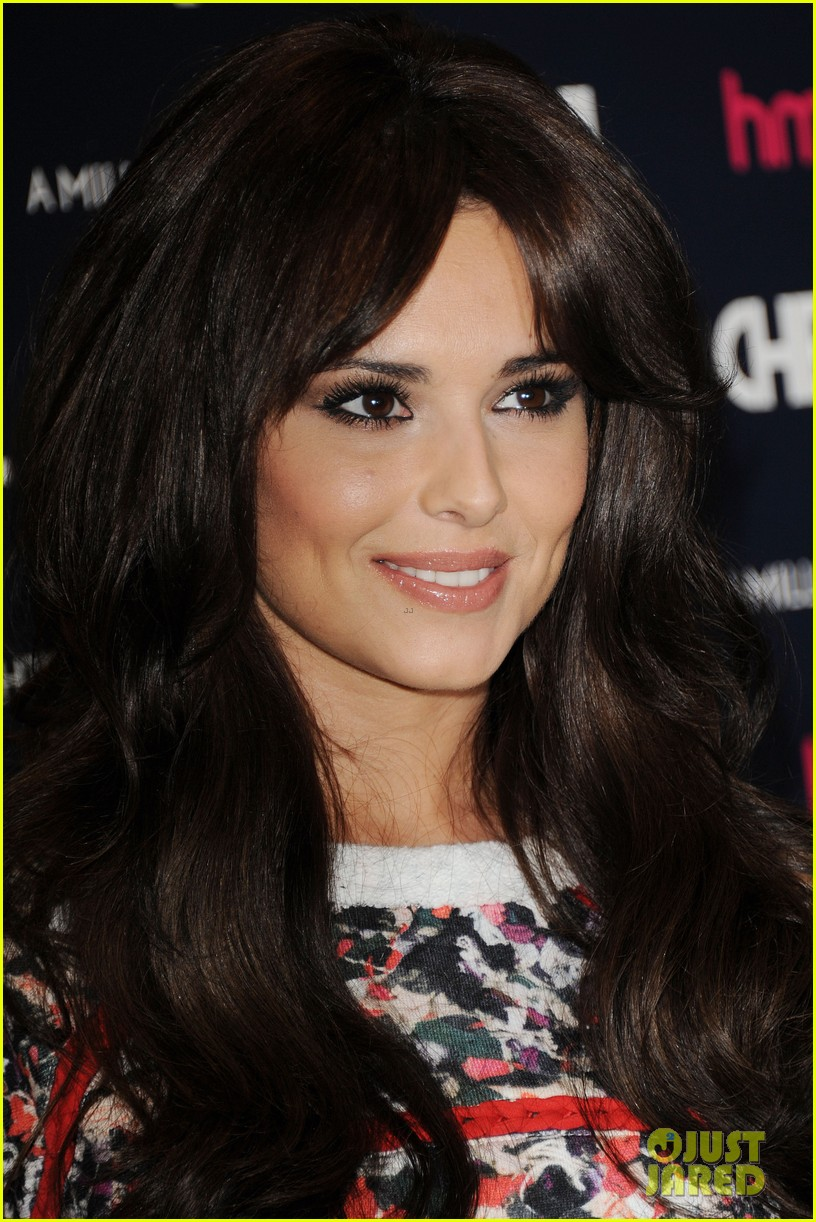 cheryl cole a million lights cd signing 09