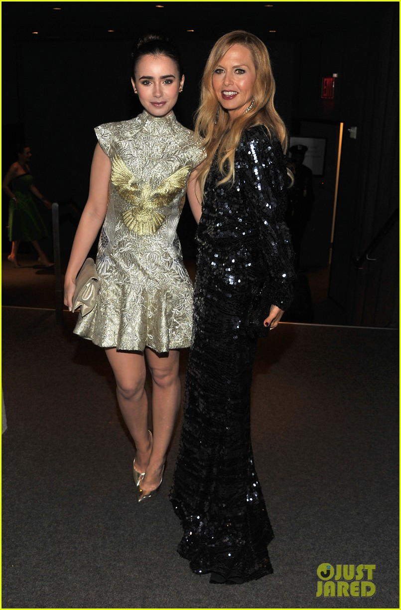 lily collins cfda fash...