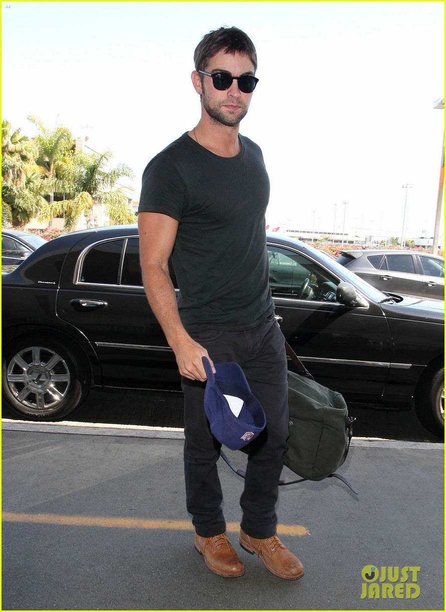 chace crawford penn badgley gossip guys 02
