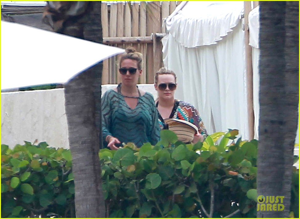 hilary haylie duff mexico getaway 03
