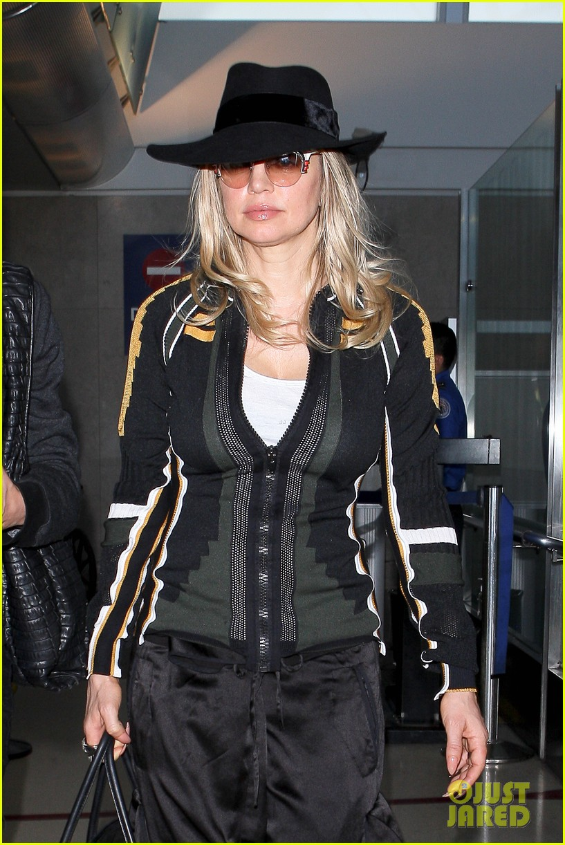 fergie cowgirl hat at lax 06