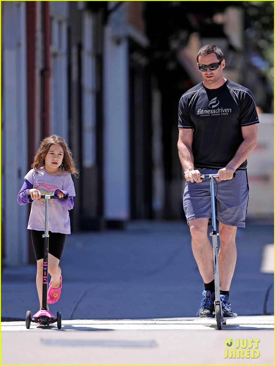hugh jackman fathers day walk 03