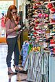 january jones shoe shopping with xander 09