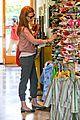 january jones shoe shopping with xander 20