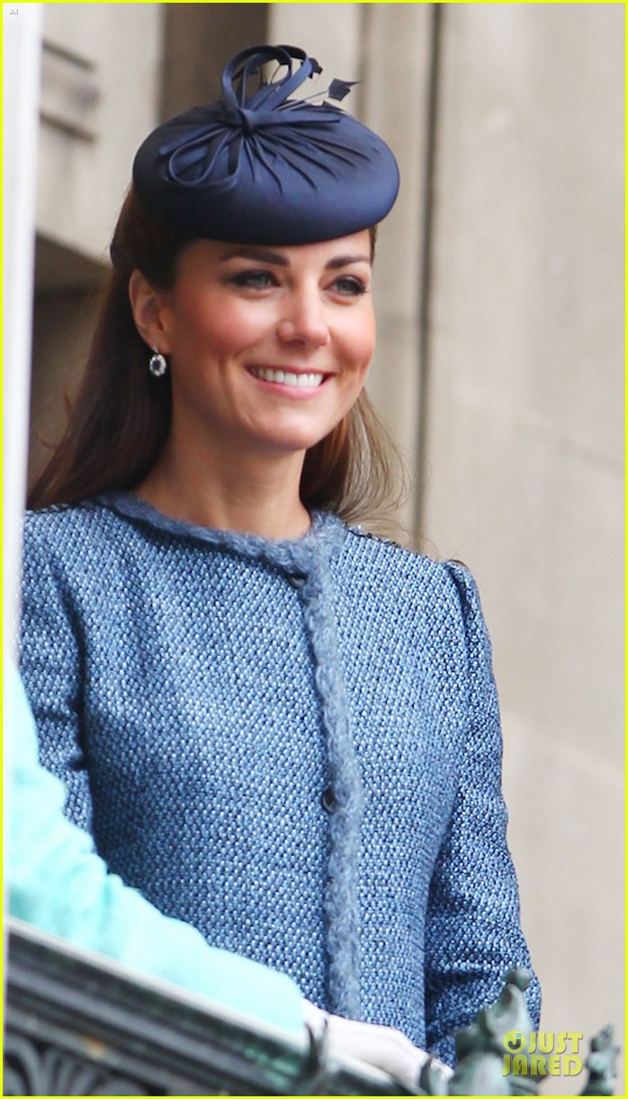 prince william kate queen nottingham 24