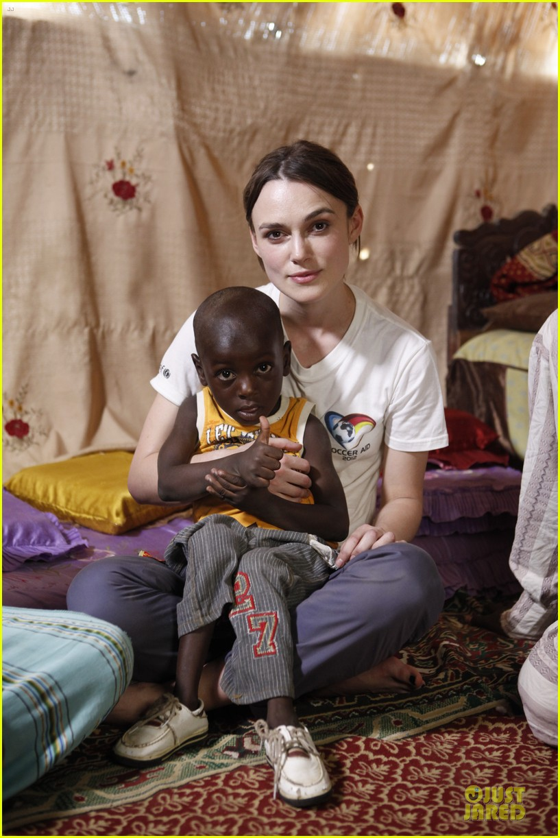 keira knightley unicef chad visit 03