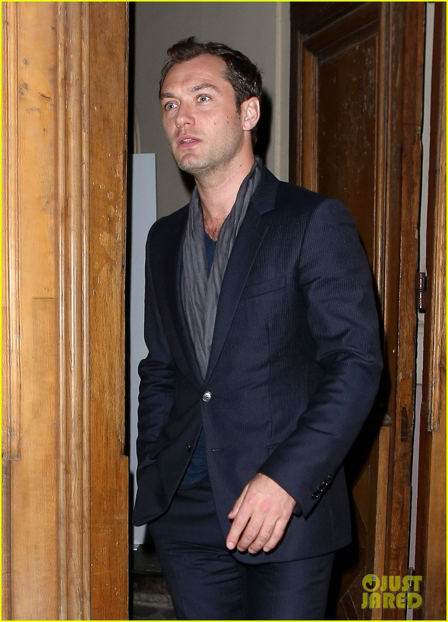 jude law vogue paris party 02