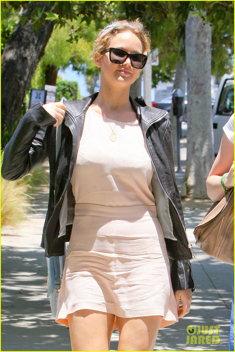 jennifer lawrence sheraton hotel lunch 10