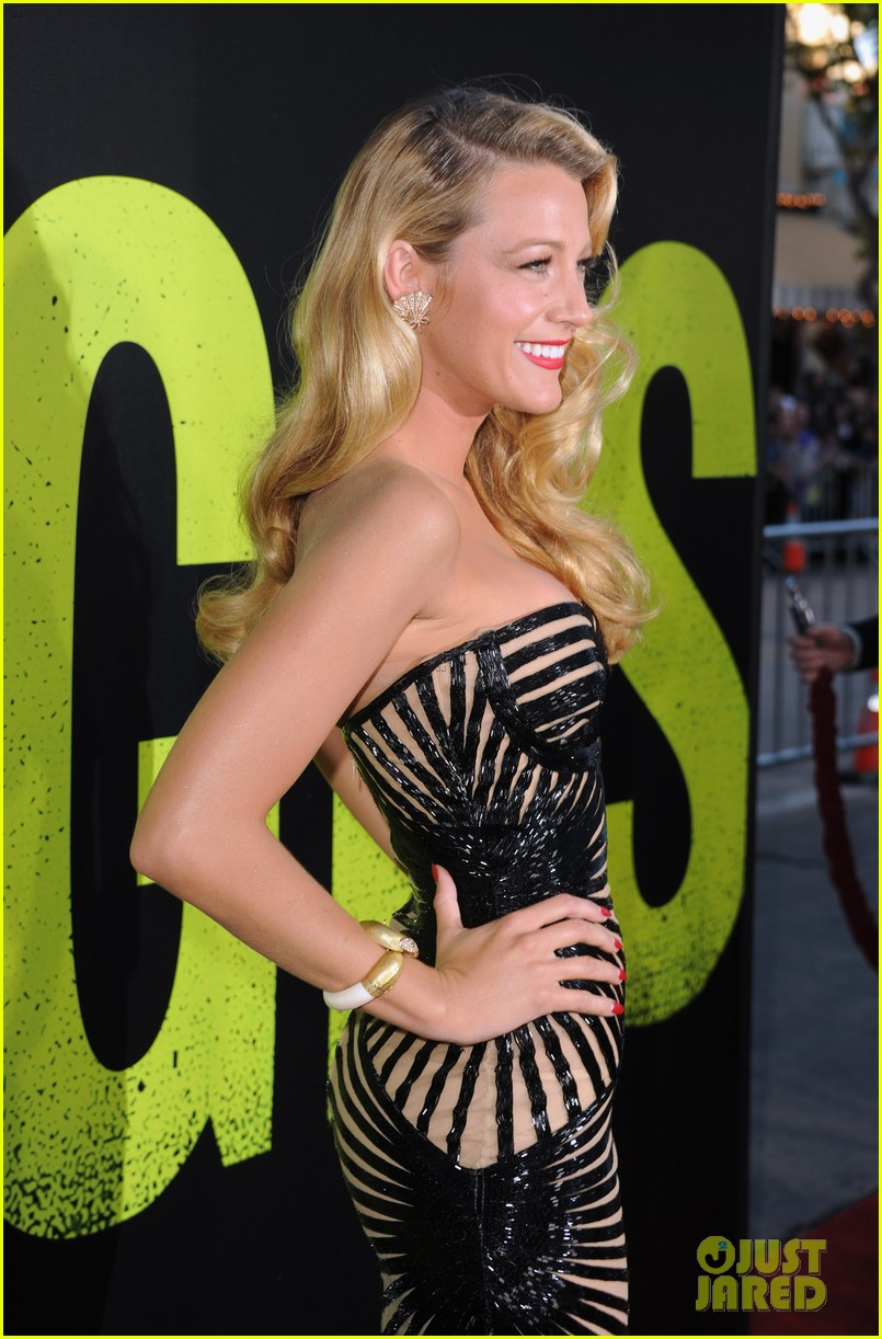 blake lively savages premiere 11