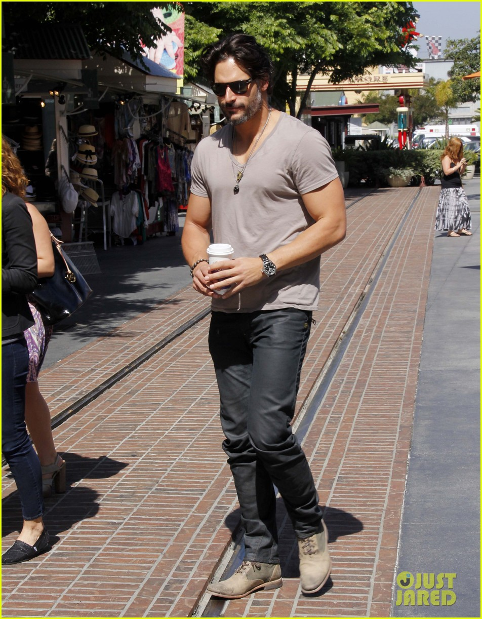 joe manganiello extra appearance 01