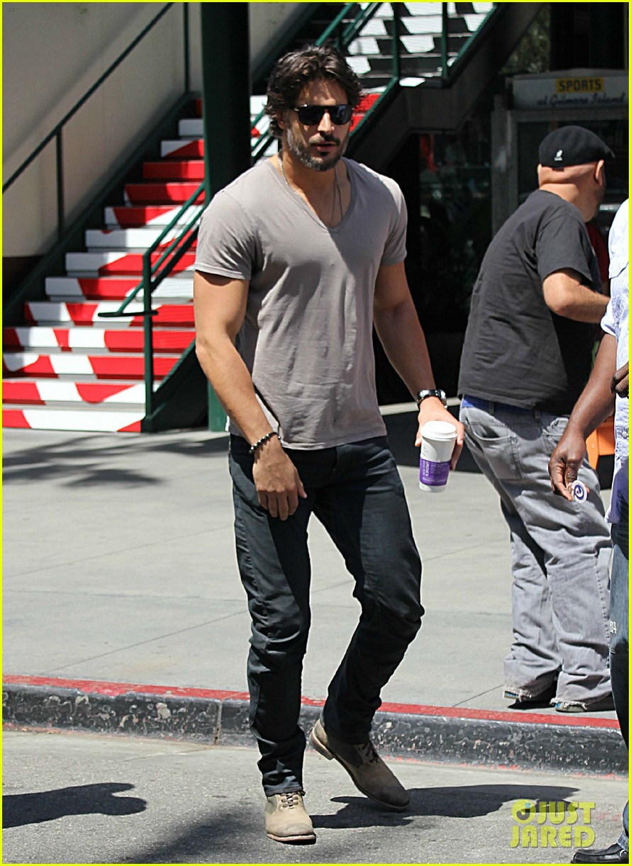 joe manganiello extra appearance 07