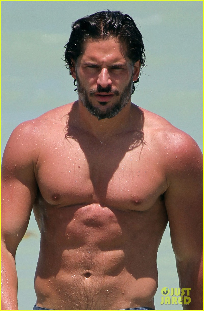 manganiello shirtless miami 04