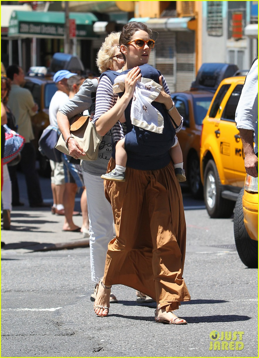 marion cotillard cradles marcel nyc 03