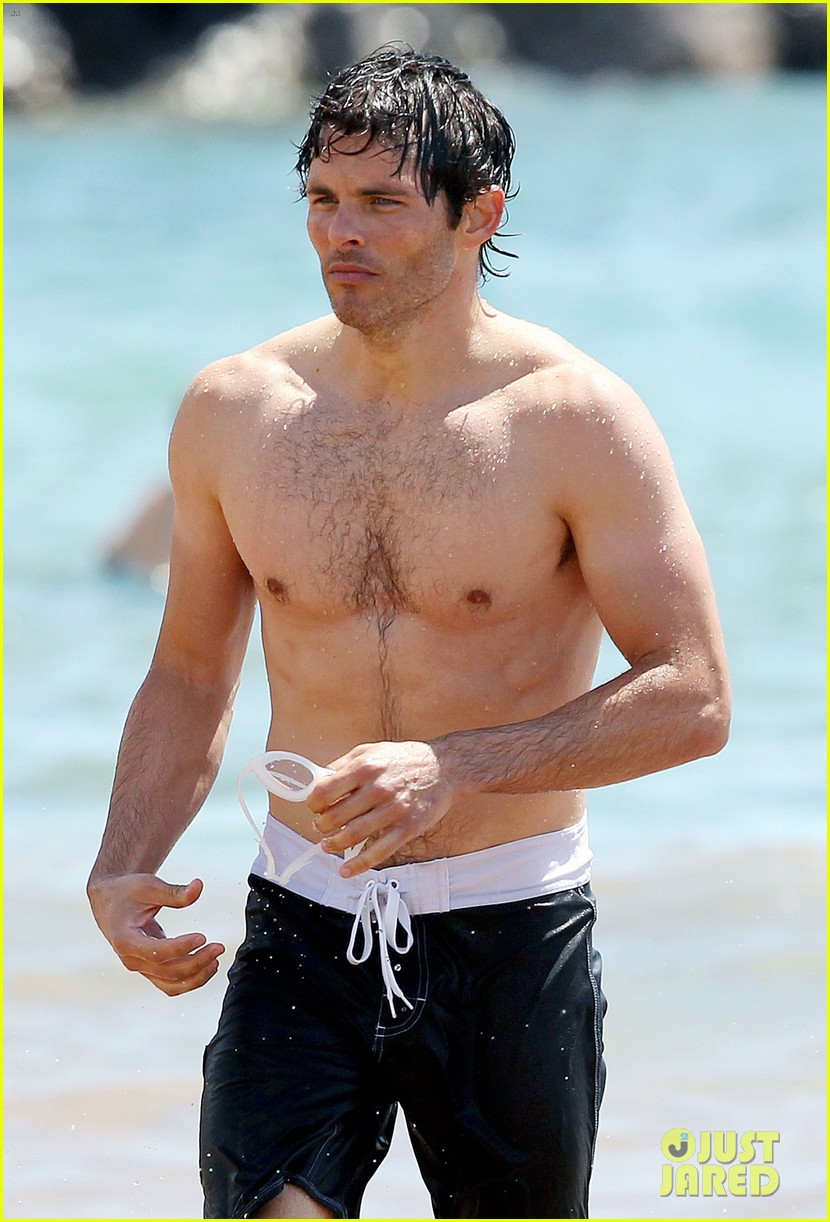 James Marsden Shirtless In Hawaii Photo 2675132 James