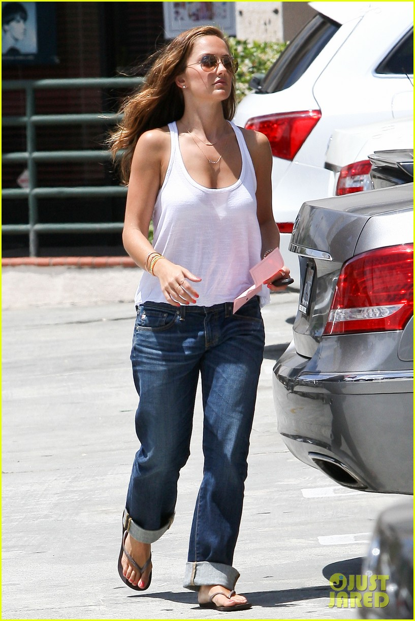 minka kelly busy week 07