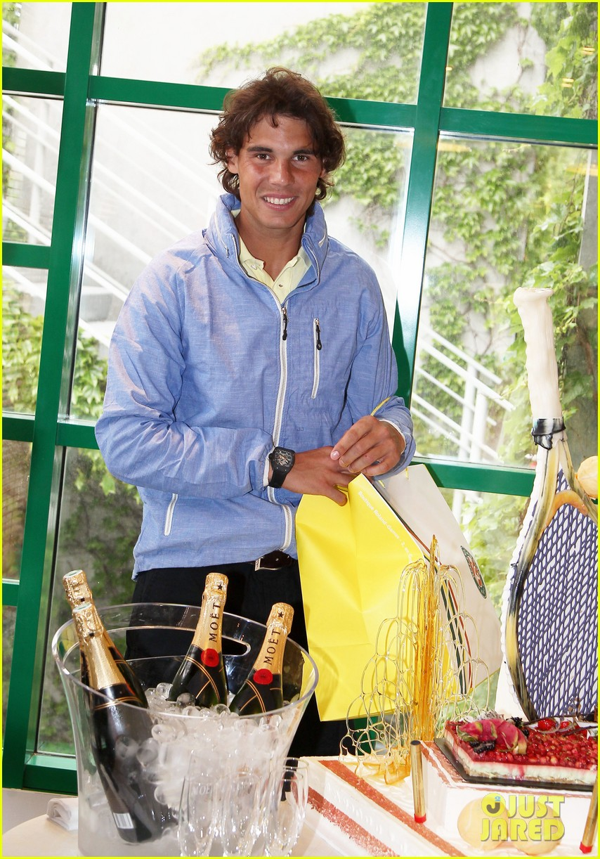 rafael nadal birthday celebration in paris 10