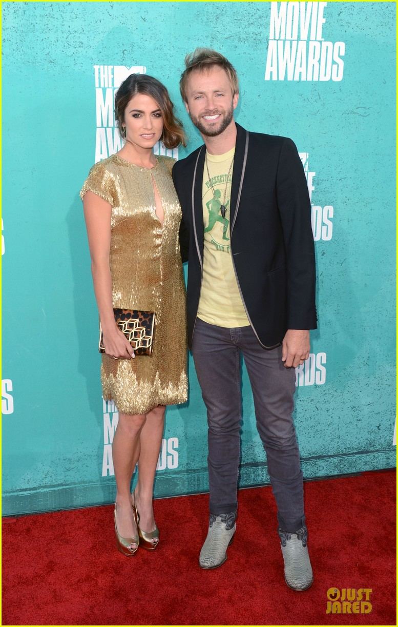 nikki reed paul mcdonald mtv movie awards 2012 03