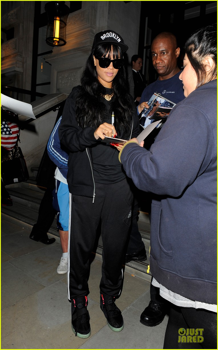 rihanna fendi backpack 05