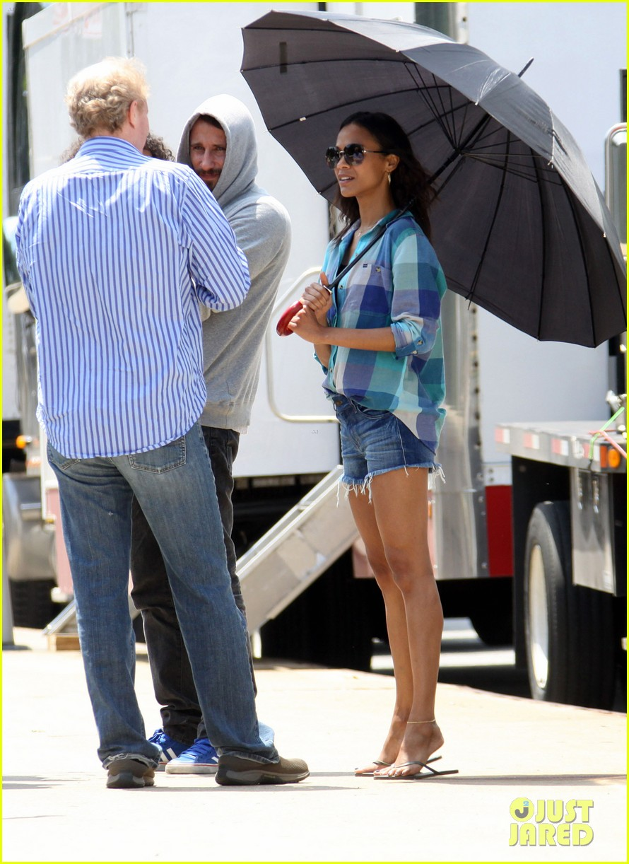 zoe saldana blood ties set 11