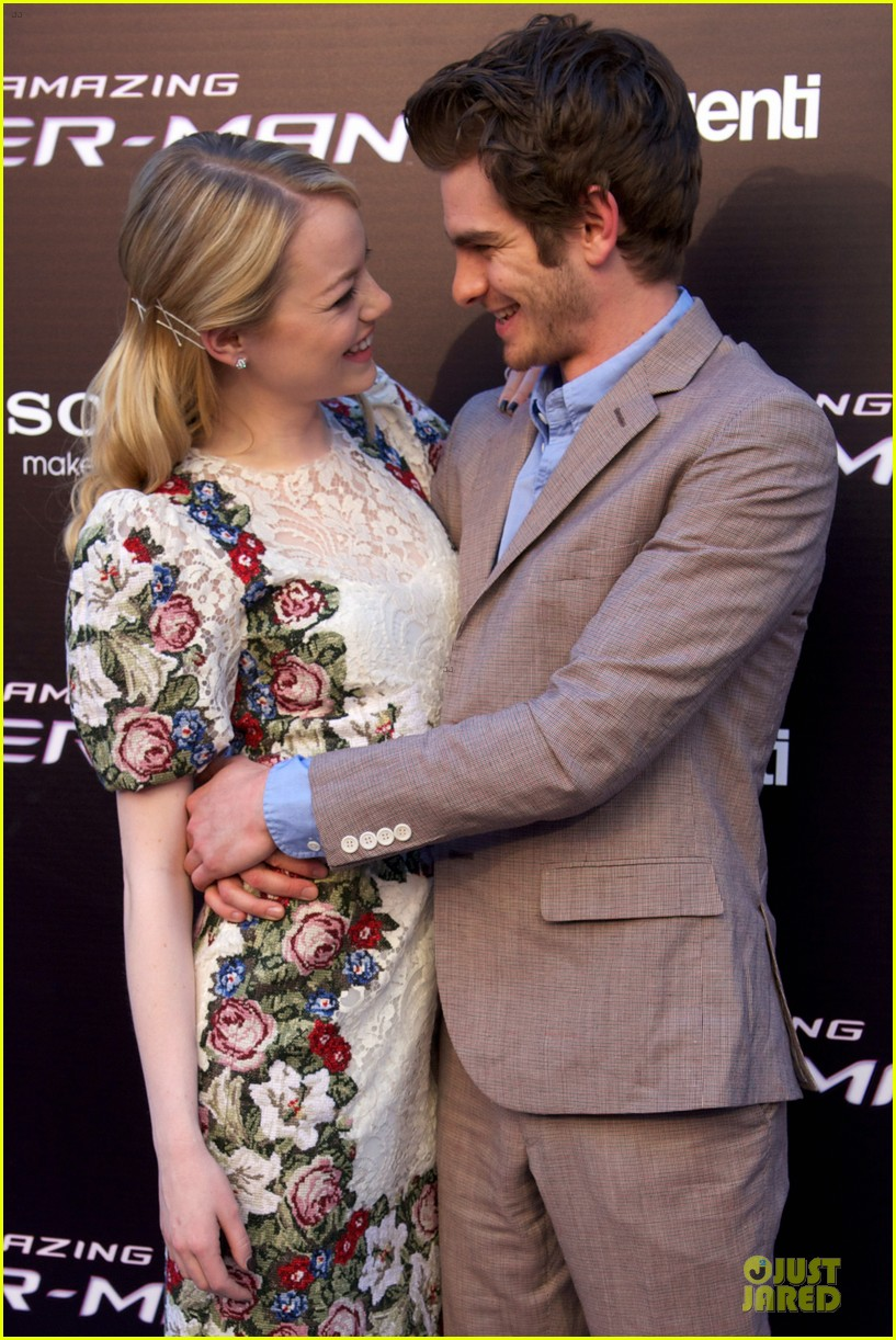emma stone andrew garfield spider man spain premiere 10