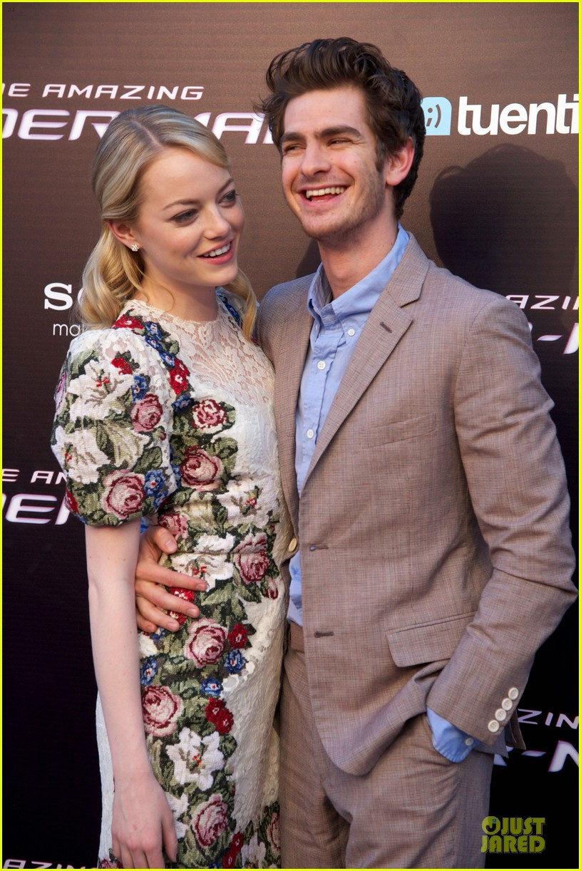 emma stone andrew garfield spider man spain premiere 13