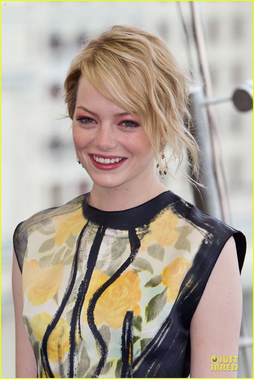emma stone andrew garfield spider man russia 10