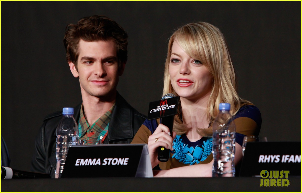 emma stone andrew garfield south korea press conference 17