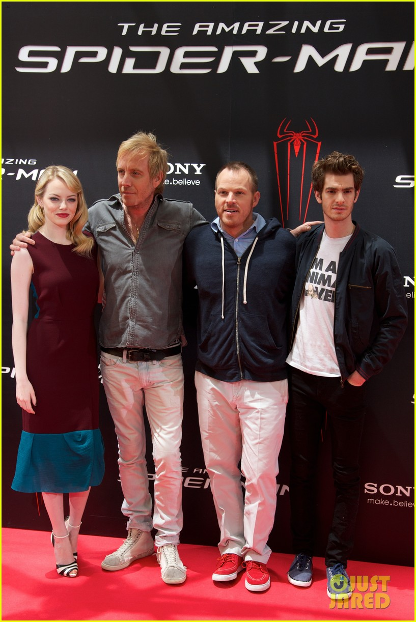 emma stone andrew garfield spider man spain photo call 092677801