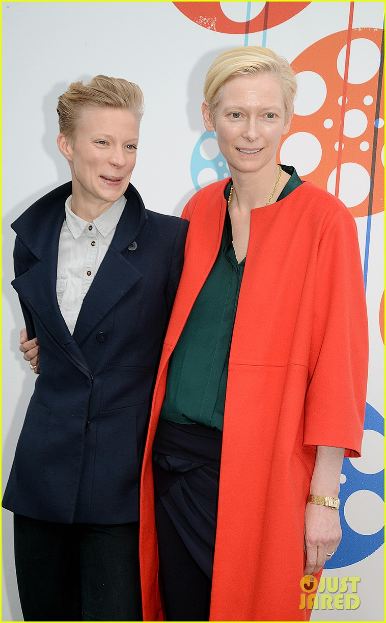 tilda swinton edinburgh festival 022678456